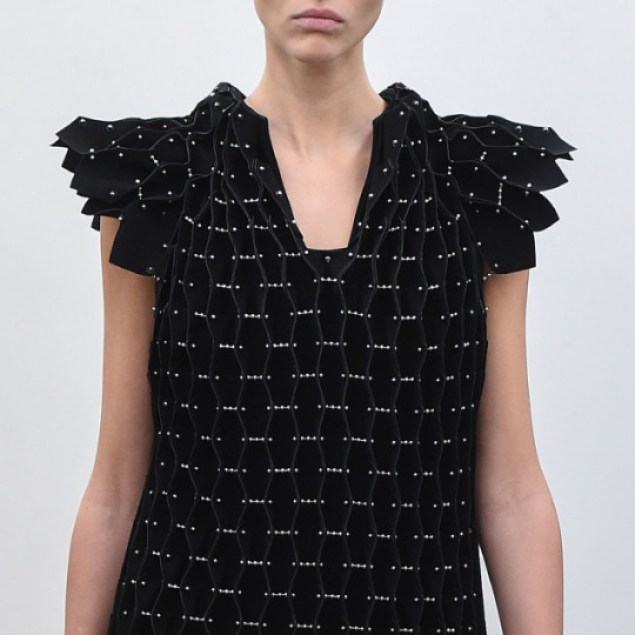 Rethinking Seams at Noir Kei Ninomiya | The Cutting Class. Noir Kei Ninomiya, SS16, Paris.