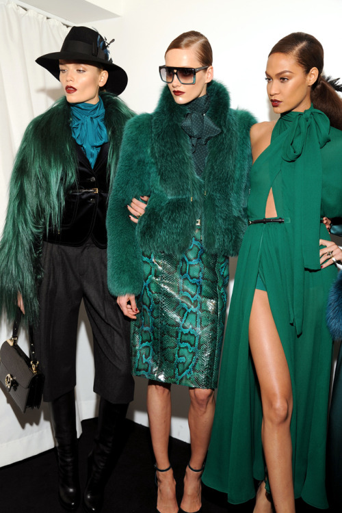 wildbelles:</p><br /><br /> <p>polystone:</p><br /><br /> <p>Gucci, Fall 2011</p><br /><br /> <p>more like this here x<br /><br /><br />