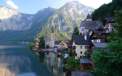 worldwaits:  Hallstat Village, Austria
