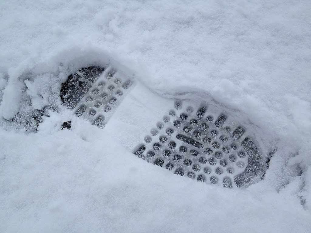 3cm of fresh snow, 10 April 2013