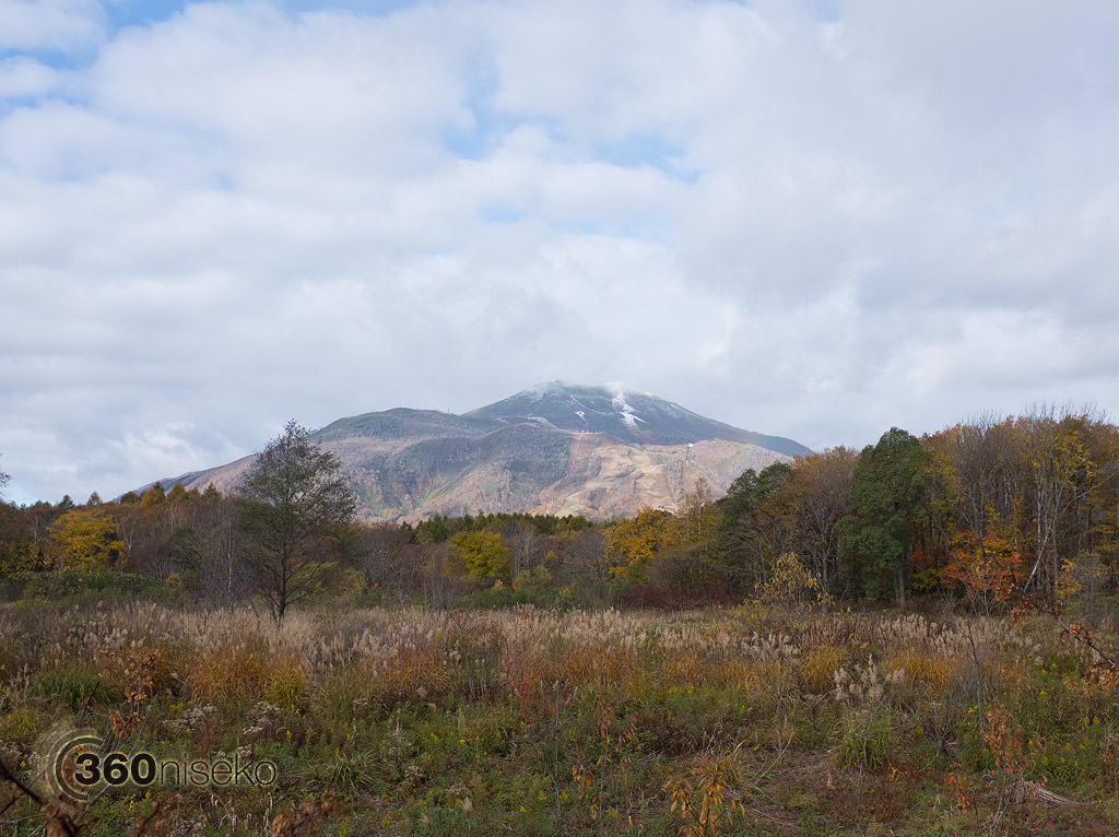 Mt.Annupuri and Hirafu, 28 October 2013