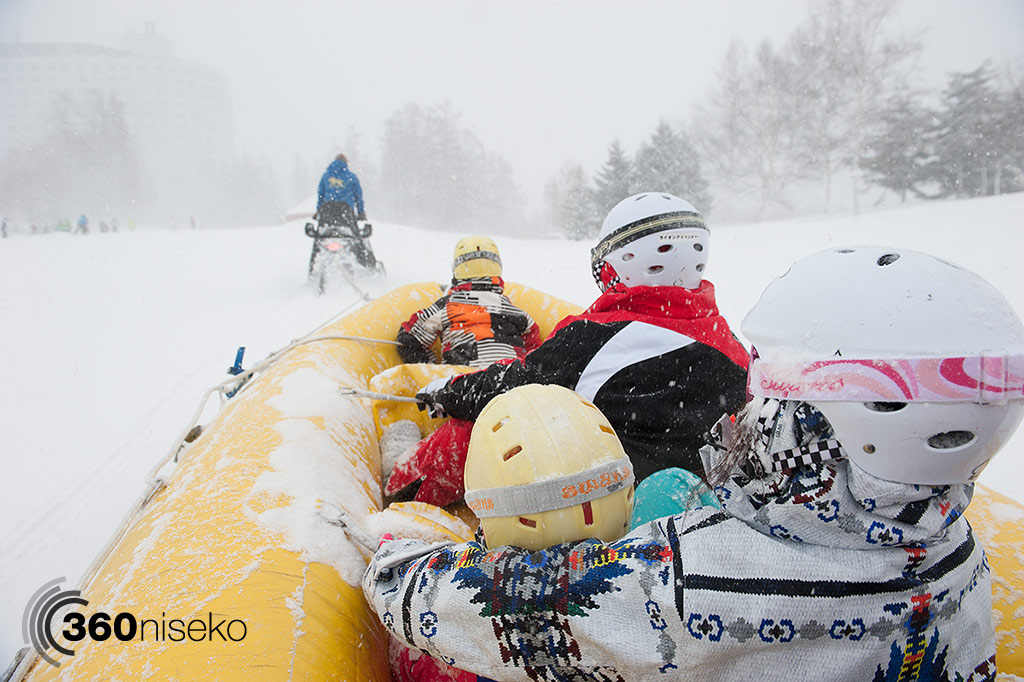 niseko-village-snow-rafting-2014-12-23