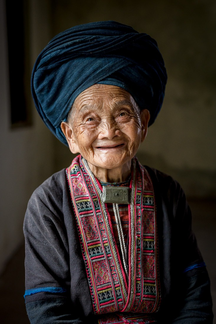 Quay, 102, Red Dao Ethnic Group, Vietnam