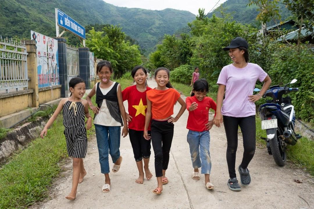SiLa kids with Trinh