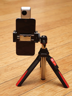 Benro MK10 can be used with smartphones