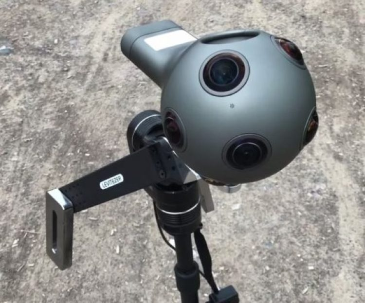 Levitezer has gimbals for both consumer and professional 360 cameras