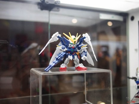 There was even a gundam building area!