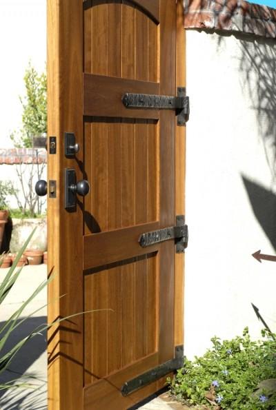 Wooden Gate With Dark Bronze Band Hinges 360 Yardware