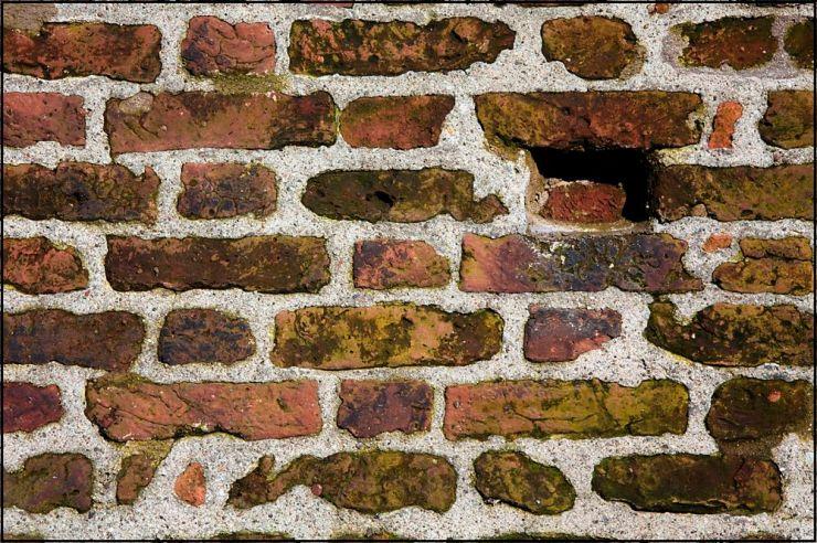 Anche i muri nascondono segreti