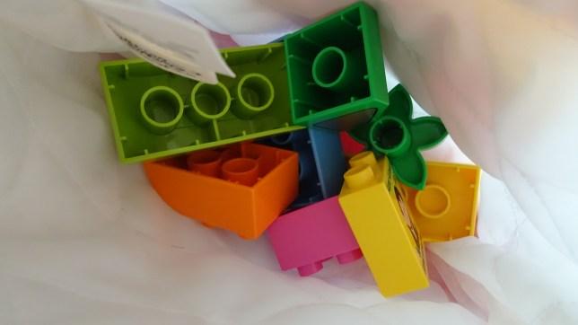 レゴで形当てゲーム(4)