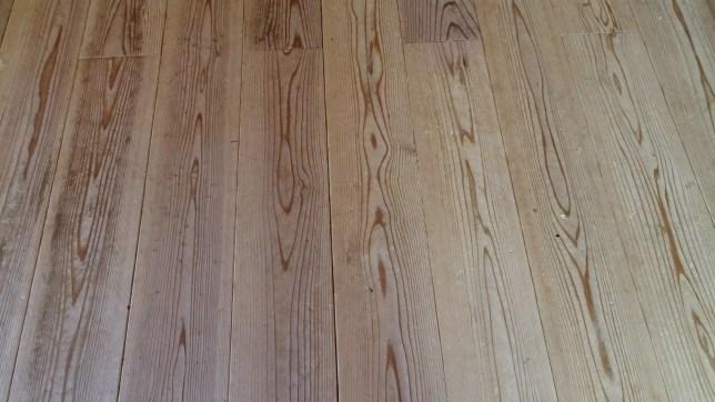 我が家の床のぞうきんがけ(1)
