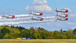 GEICO-Skytypers-vs-SNT-Jet-Car-Race-Orginal