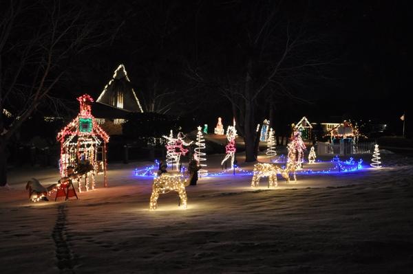 Holiday Lights on Old Oak Road in Barrington