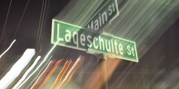 Holiday Shopping Event on Lageschulte in Barrington