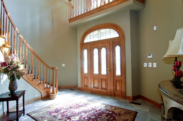 The Entry at 150 Braymore Court - Open from 1 p.m. to 4 p.m. on Sunday, February24, 2013