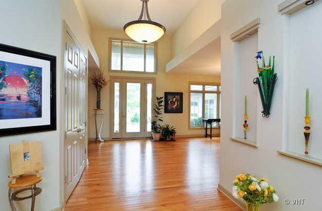 The Entry at 205 Honey Lake Court in North Barrington, IL - Listed for Sale by Suzanne & Liz Luby