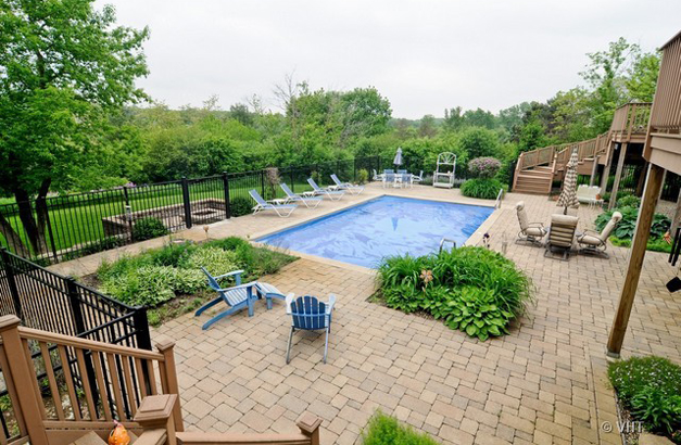 The Pool at 205 Honey Lake Court in North Barrington, IL - Listed for Sale by Suzanne & Liz Luby