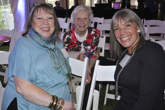 Carol Nelson, Diane Stephens and Kim Duchossois at the Advocate Good Shepherd Hospital Groundbreaking in October, 2013