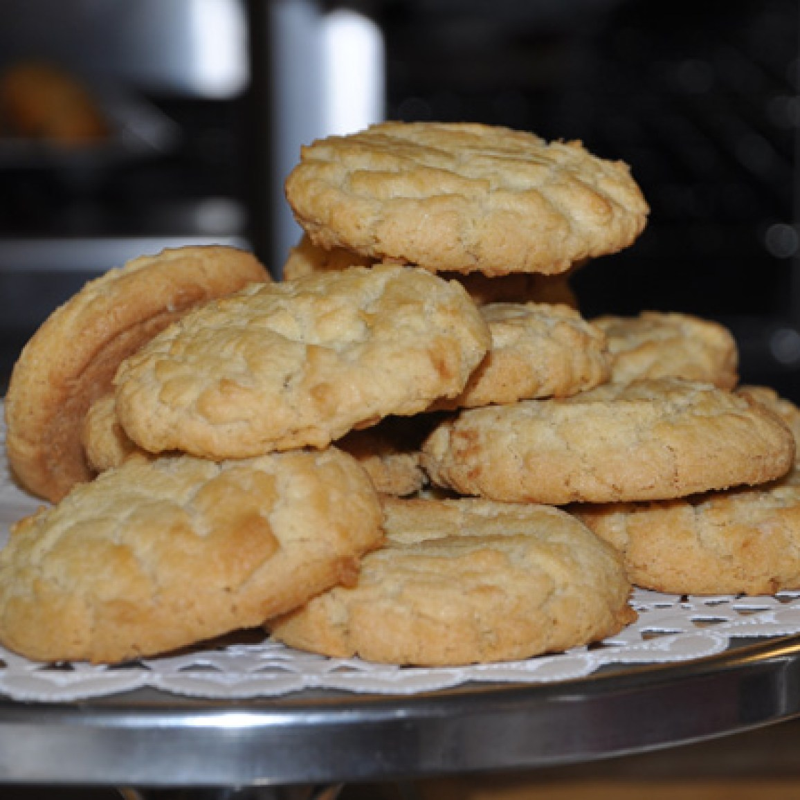 Paula Voska's Sugar Crackle cookies, fresh from the oven - Photographed by Liz Luby