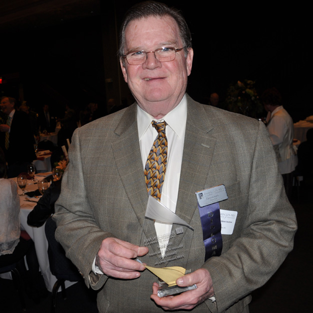 Barrington Area Chamber of Commerce 2015 Award Winner, Dennis Kelly of FGMK Insurance Agency.