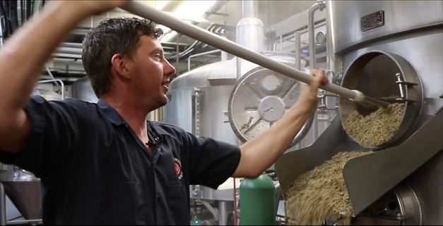 Post - Wild Onion Brewery Hops Harvest Otis IPA-10