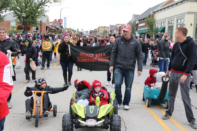 Post - Barrington Homecoming Parade 2015 - Photo by Bob Lee (20 of 82)
