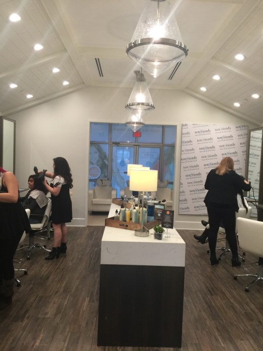 Post 900 - 10 Friends Blow Dry & Style House - 1