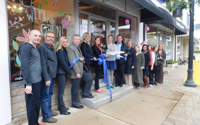 344. Spring Donut Celebrates Opening with Ribbon Cutting