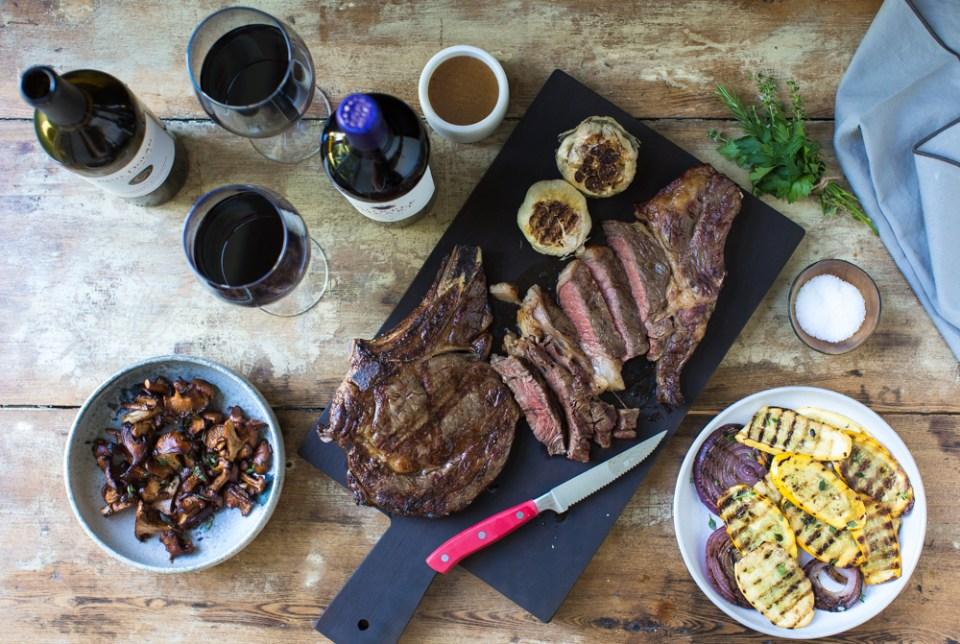 heinens4pmPanic_Steak_wine-9760