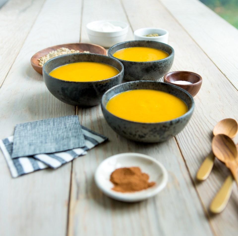 heinens_butternutcurry_soup-0517