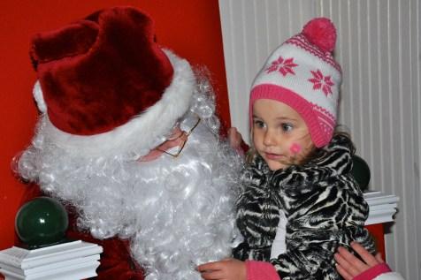 post-1200-village-of-barrington-santa-2016-28