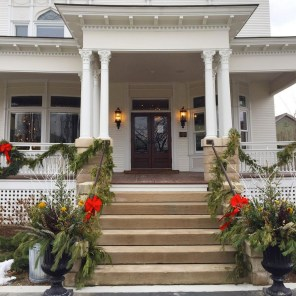 NoonDaily - Barrington White House New Year's Day