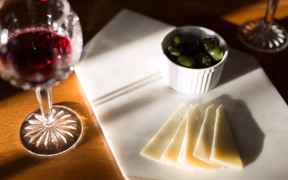 John Kelly - JPK Media - Heinen's Sunday Supper - olives