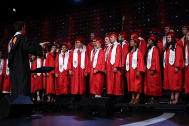365 - Brad Paisley Performs Barrington High School Graduation - -17