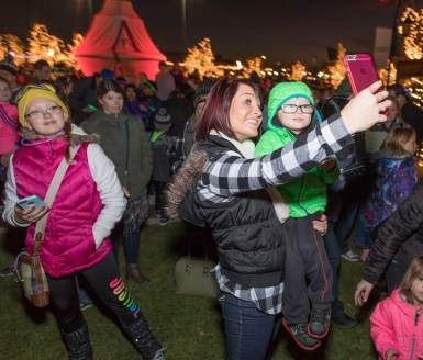 365 - Arborebum of South Barrington Holiday Festival - 1