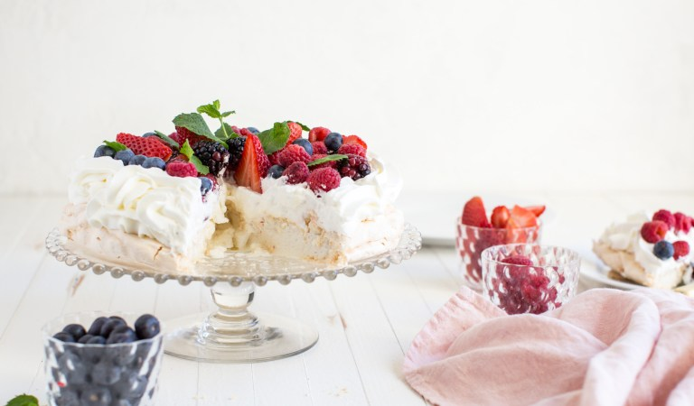 Cooking with Heinen's | Spring Pavlova