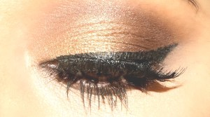Stila Stay All Day Waterproof Liquid Eyeliner With Additional Makeup