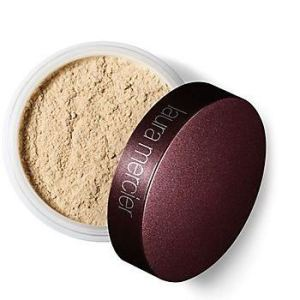 Laura Mercier Translucent Loose Setting Powder Light to Medium Color