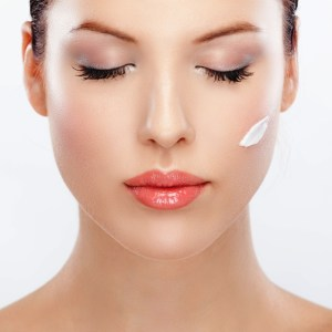 How To Apply Skin Care Cosmetics In The Correct Order And Why It Matters Give The Products Time