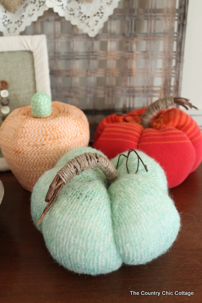 05 - The Country Chic Cottage - Ombre Sweater Pumpkins