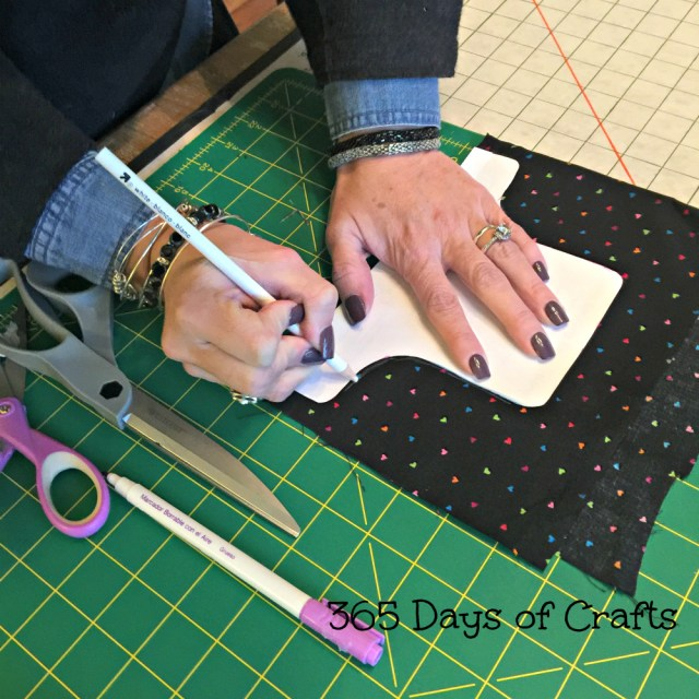 how to trace a pattern on dark fabric