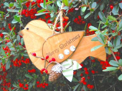 easy to make wood bird Christmas ornaments tutorial
