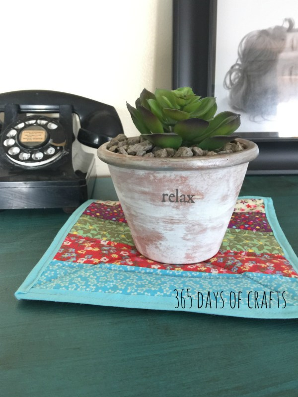 An easy sew pot holder trivet is a fast and fun gift to make using your fabric scraps. Add a little color to your home decor that is budget friendly.