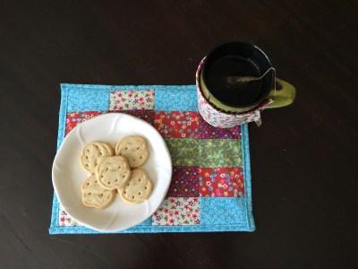 fabric scrap mug rug an easy sew project