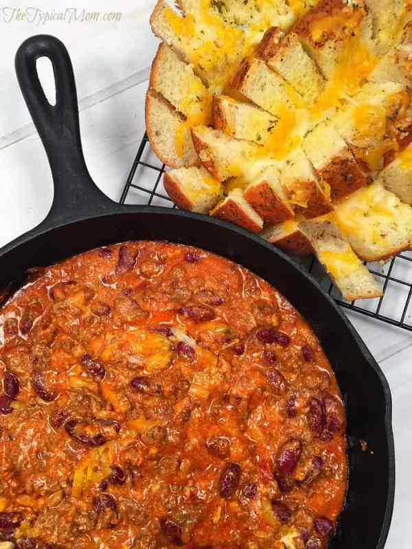 Cheesy Chili Dip with Garlic Pull Apart Bread