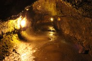 Inside Thurston Lava Tube.