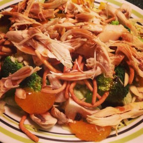 A delicious Asian Chicken Salad (and healthy)!
