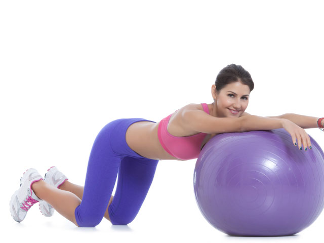 exercise-ball-abdominal-rolls