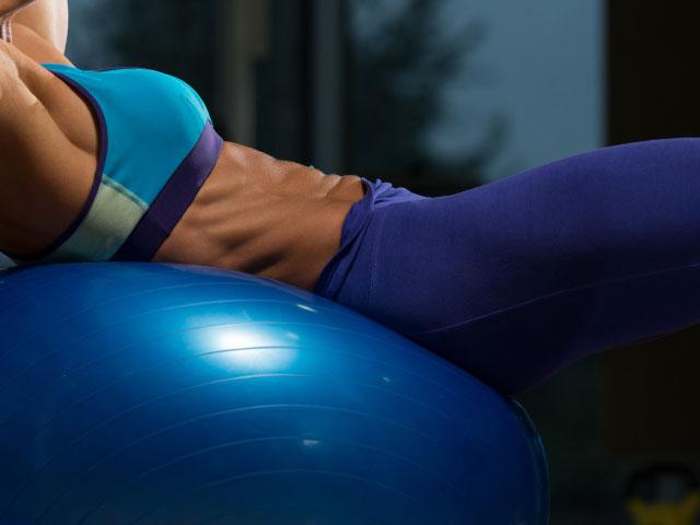 exercise-ball-crunches