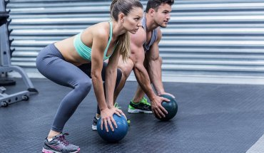 7-medicine-ball-exercises-that-burn-fat-fast-cover